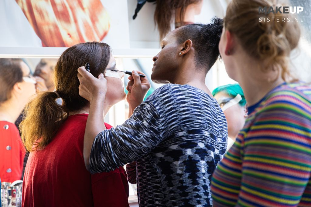 make up sisters .nl lessen,workshops,events,drag queen,amsterdam